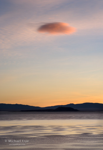 Lone cloud at sunrise, Mono Lake, CA, USA