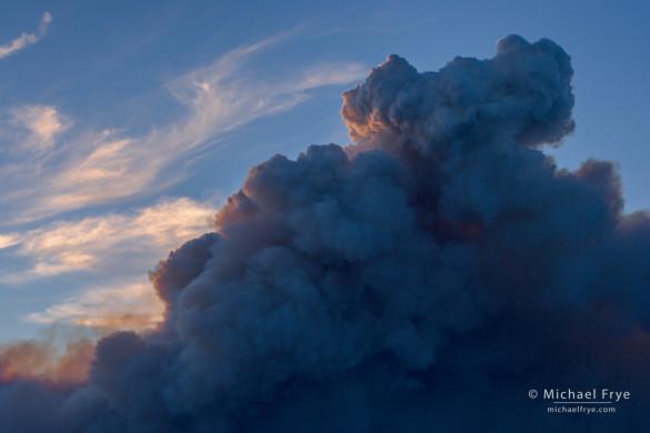 Pyrocumulus cloud created by the Rim Fire, Yosemite NP, CA, USA