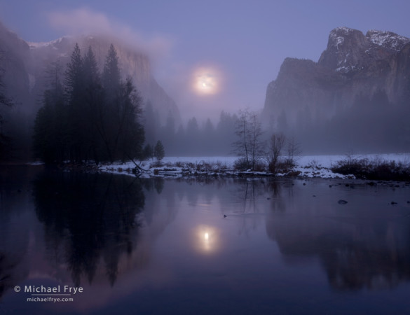 Rising Moon, Gates of the Valley, Yosemite NP, CA, USA