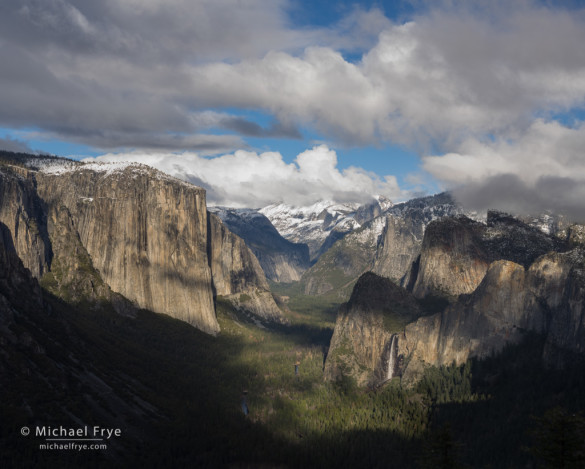 Yosemite Valley from near Old Inspiration Point, Yosemite NP, CA, USA