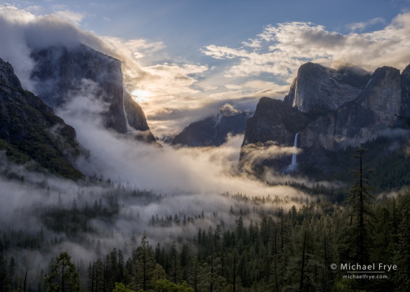 Swirling mist from Tunnel View, Yosemite NP, CA, USA