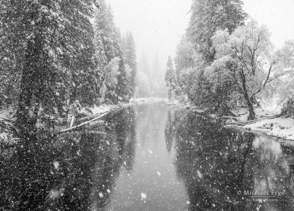 Merced River, snow, Yosemite NP, CA, USA