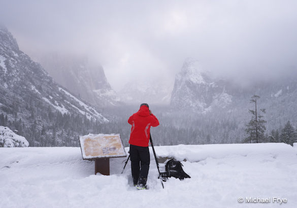 Photographer at Tunnel View on a snowy morning