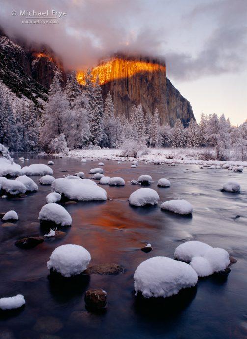 Band of light on El Capitan, Yosemite NP, CA, USA
