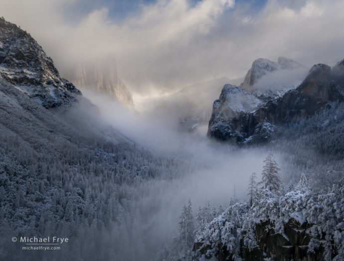 Clearing snowstorm from Tunnel View, Yosemite NP, CA, USA