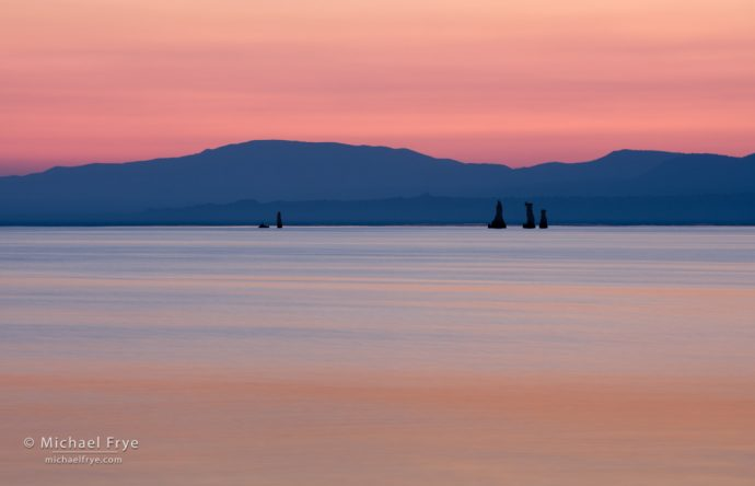 Hills and tufa formations at sunrise, Mono Lake, CA, USA