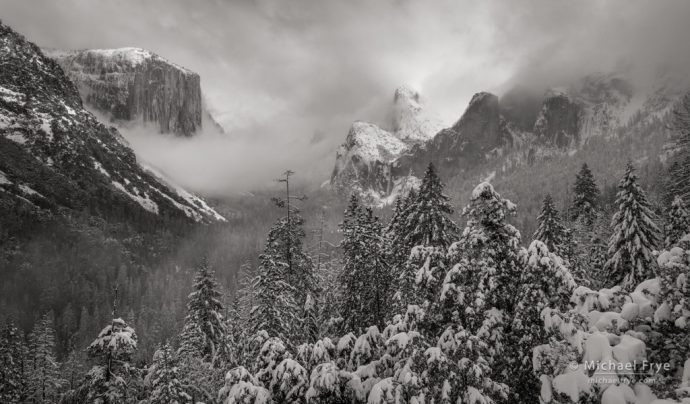 Weather  Yosemite Valley: Clearing storm, Tunnel View, Yosemite NP, CA, USA