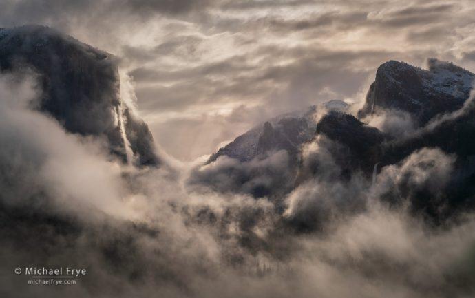 Spring mist, Yosemite NP, CA, USA