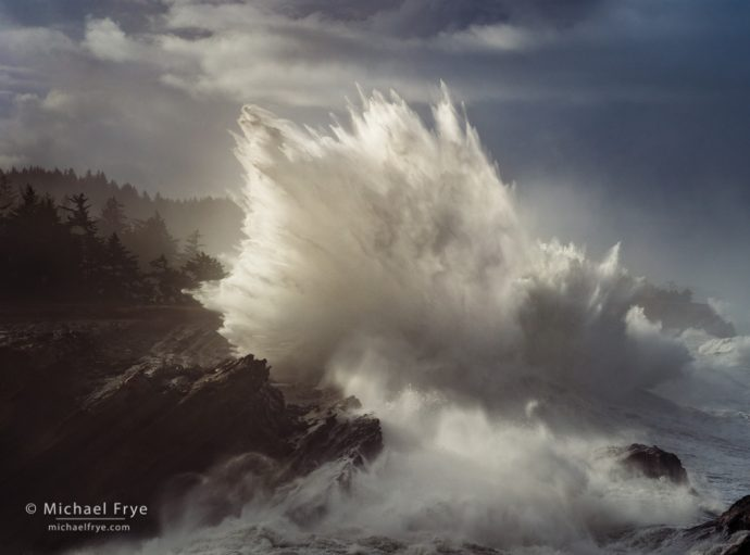 Crashing wave, Oregon Coast, USA