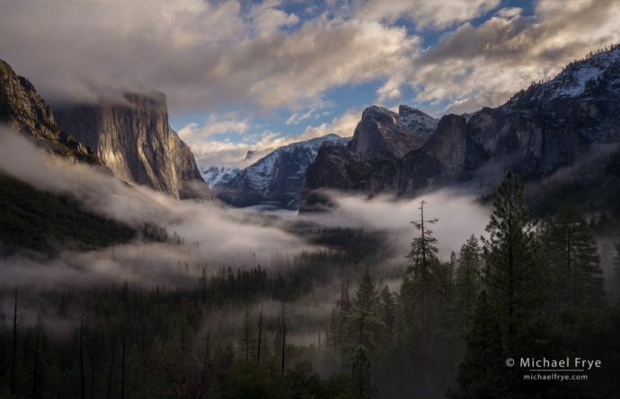 Morning clouds and mist from Tunnel View, Yosemite NP, CA, USA