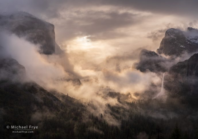 Misty sunrise from Tunnel View, Yosemite NP, CA, USA
